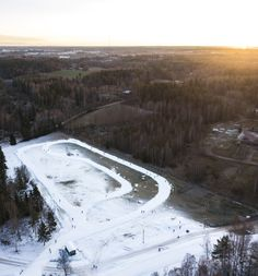 See and read how Finns ski in the southern parts of the country that actually does not get as much snow as you might think. Cross Country, Country Roads, Artificial Snow, Drone Photography, Finland, Skiing, Southern, Travel, Ski