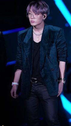 Winner Ikon, Koo Jun Hoe, Jay Song, Ikon Debut, Bobby S, Kim Ji Won, Kim Hanbin, Kim Dong, Most Handsome Men