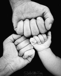 Monthly Baby Photos, Newborn Baby Photos, Newborn Shoot, Newborn Pictures, Baby Pictures, Newborn Poses, Baby Poses, Baby Newborn, Newborn Care