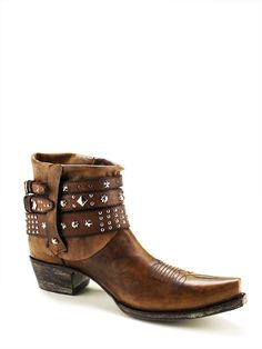 Ladies Old Gringo Rodeo Golden Boots Yl041-3 - Texas Boot Company is located in Bastrop, Texas. www.texasbootcompany.com