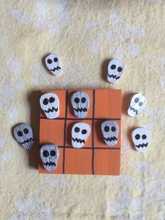 Halloween Skull Tic Tac Toe by DustWitchCreations on Etsy
