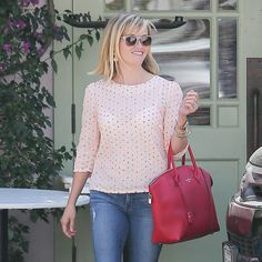 Reese Witherspoon carries new Louis Vuitton Lockit bag - new Louis Vuitton It bag - Spring Summer 2014....On my purchase list!!