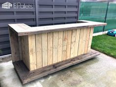 35 Awesome Bars Made Out of Reclaimed Wooden Pallets DIY Pallet Bars                                                                                                                                                                                 More