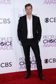 """2017 People's Choice Awards:     """"Baby Daddy"""" star Derek Theler attends the People's Choice Awards at the Microsoft Theater in Los Angeles on Jan. 18, 2017."""
