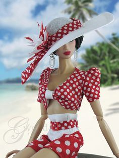 Beach barbie-Eeeeeee! So Vintage! Love the 1940's vibe!