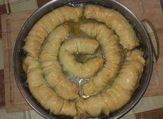 Σαραγλί χωρίς γλουτένη Pie, Desserts, Blog, Gastronomia, Torte, Tailgate Desserts, Cake, Deserts, Fruit Cakes