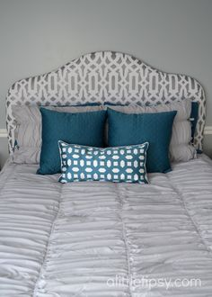 If you are looking for a few DIY bedroom ideas, this Upholstered DIY Headboard is the perfect way to enhance your decor. Even if you are just learning how to upholster furniture, this woodworking project is easy enough to learn and complete. Grey Bedroom Furniture, Upholstered Furniture, Diy Furniture, Bedroom Decor, Bedroom Ideas, Master Bedroom, Dream Bedroom, Diy Headboards, Headboard Ideas