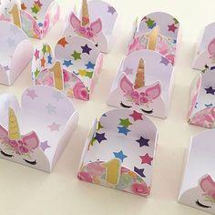 Forminhas lindas para festa do tema Unicórnio ! Por @piopioregalosyrecuerdos .  #festaunicornio #unicornio #festademenina #encantosdefestas #forminhas #forminha #ideiasfestaunicornio