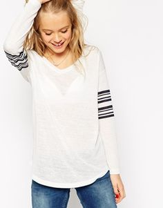 The perfect weekend tee right there! You know how much I love me so stripes. http://asos.do/uu3DuG