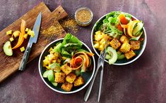 Panner bowl with vegetables and mango