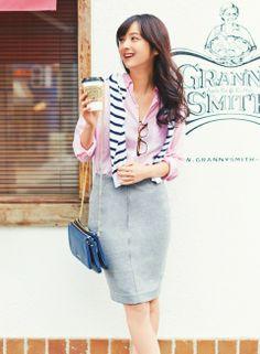 【着まわしday2】リネンシャツ×ボーダーカットソー×タイトスカート   ファッション コーディネート   with online on ウーマンエキサイト