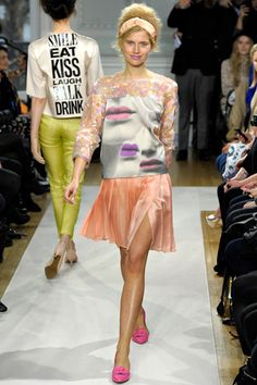 Moschino Cheap And Chic Fall 2012 Ready-to-Wear Collection Slideshow on Style.com