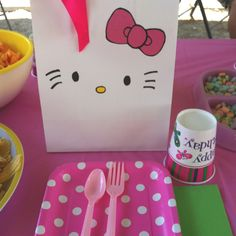 Hello Kitty party bags.. and I love the cat bowl as a candy dish!