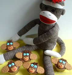 Monkey Cupcakes- it would be adorable to have a sock monkey-themed baby shower!! hmmmm
