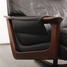 armchairs / easy chairs lounge leather armchair, rosewood, dispo 2 (no.
