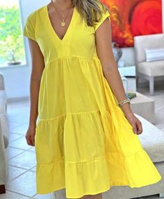Modest Dresses, Simple Dresses, Cute Dresses, Casual Dresses, Colorful Fashion, Cute Fashion, Black Girl Fashion, Fashion Outfits, Latest African Fashion Dresses