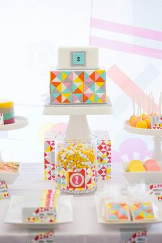 Little Big Company Blog: A Geometric Party by Carly Cake by Sweetcheeks Cookies and Cake  #Kids party