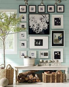 I love this picture frame arrangement