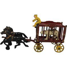"Hubley Cast Iron Horse Drawn ""Royal Circus"" Wagon with original polar bear. Amazing Toys, Victorian Life, Horse Drawn, Tin Toys, Classic Toys, Ruby Lane, Cool Toys, Polar Bear, Vintage Toys"