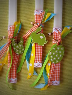 . Easter Crafts, Happy Easter, Projects To Try, Arts And Crafts, Gift Wrapping, Candles, Christmas Ornaments, Games, Holiday Decor