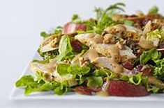How do you dress up a weekday chicken salad to make it taste like special-occasion fare? Add sliced fresh pears, chopped dates and honey-mustard dressing. Grilled Chicken Caesar Salad, Grilled Steak Salad, Yummy Chicken Recipes, Yum Yum Chicken, Heinz Recipe, Antipasto Salad, Pear Salad, Savory Salads, Walnut Salad