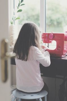 SEWING FOR KIDS 101: STARTING TO SEW ON A MACHINE