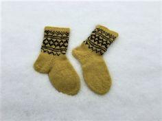 Tova tøfler Socks, Fashion, Moda, Fashion Styles, Sock, Stockings, Fashion Illustrations, Ankle Socks, Hosiery