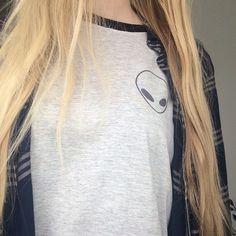 Alien Ringer Tee ; Alien Shirt ; Tumblr Graphic Tee #Grunge #Tumblr KISSMEBANGBANG.COM