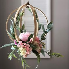 Embroidery hoop peony and greenery hanging wedding decor for weddings. Greenery and minimalism are trendy for 2019 weddings. Put this in your modern wedding decor trends file pinners. Flower Decorations, Wedding Decorations, Crepe Paper Decorations, Wedding Wreaths, List Of Flowers, Floral Hoops, Deco Floral, Floral Design, Art Floral