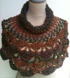 Items similar to Crochet Capelet. Fashion Poncho on EtsyThis beautiful hand crochet poncho, will make a statement every where you go. Crochet Scarves, Crochet Shawl, Crochet Yarn, Crochet Clothes, Bonnet Crochet, Crochet Collar, Crochet Camera, Diy Crafts Crochet, Diy Scarf