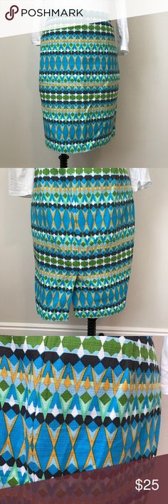 """Jcrew Factory Tribal Pencil Skirt Cotton. Sits at waist. 21.5"""" long. Lined. Back vent. Zipper in back. I lost weight and this doesn't fit me anymore. Skirt is in great condition. Maybe only wore 1-2 times. J.Crew Factory Skirts Pencil"""