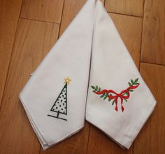 Why not use these napkins this year for your dinner table instead of paper ones so that you are wash and reuse then again instead of throwing them away. Come from a no smoking house. Dinner Napkins, Dinner Table, Contemporary Christmas Trees, White Christmas, Christmas Decorations, Bows, Tableware, Handmade, White Cotton