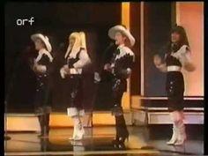 ▶ Eurovision 1982 Portugal - Doce - Bem Bom -