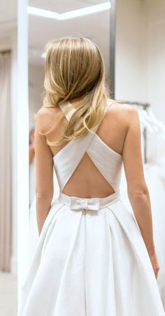all the tips you need to know before you start shopping for a wedding dress! {plus a look at this amazing cross back rosa clara a-line jewel neck gown with bow in back}