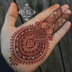 Men Henna Tattoo, Henna Art, Mandala Tattoo, Mehndi Art Designs, Mehndi Images, Henna Tattoo Designs, Mehendi, Arte Mehndi, Henna Nails