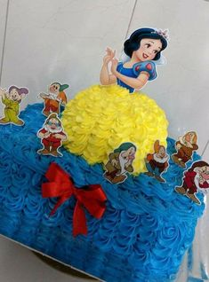Ideas for Ava's Birthday Pinkie Pie Cake, Bolo Elsa, Disney Princess Birthday Cakes, Snow White Cake, Snow White Birthday, Disney Princess Snow White, Batman Cakes, Barbie Cake, Character Cakes