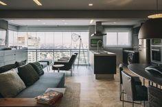 Tucah Campos - Decoração cinza brilha em apartamento de 70 m² (Foto: Divulgação)