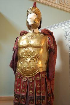 Some of the classic films still have the best costumes. Roman Armor from the blockbuster 'Ben Hur'. Elmo, Roman Soldier Costume, Larp, Roman Armor, Ancient Armor, Roman Warriors, Costume Armour, Roman Legion, Greek Warrior