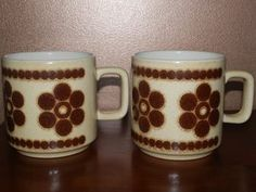 2 Crown Lynn Retro Mugs for sale on Trade Me, New Zealand's auction and classifieds website Mugs For Sale, Cup And Saucer, Industrial Design, Porcelain, Pottery, Crown, Ceramics, Retro, Tableware