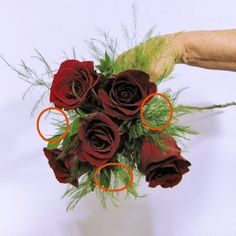 Learn how to make church decorations, hand tied bridal bouquets, corsages, boutonnieres and centerpieces like a professional wedding florist. Buy bulk flowers and florist supplies.Use the corr