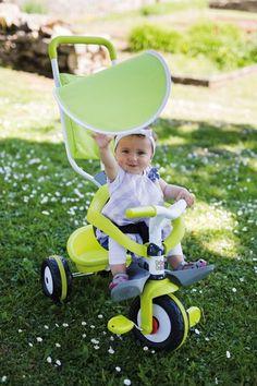 Detská trojkolka #Smoby Baby Balade Vert je krásna trojkolka pre chlapcov aj dievčatá, ktorá je vhodná už od 10 mesiacov. Francúzsky výrobca Smoby dbá na najmodernejší a originálny dizajn svojich hračiek, ktorý sa odráža aj na trojkolke Baby Balade. Krásna zelená farba v kombinácii s bielou je naozaj neodolateľná. Tricycle, Baby Strollers, Children, Ride Or Die, Green, Hamster Wheel, Kids Booster Seat, Pram Sets, Vehicles