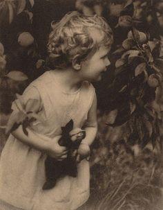 Harold Cazneaux, (New Zealand, Australia 1878–1953). Title: The quest  Year: 1910