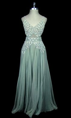 Dress 1939, Made of chiffon