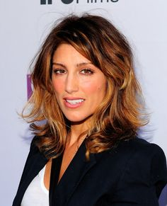 Jennifer Esposito hair.  Love the color and semi-messy look