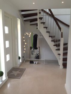 balans valm badrum - Sök på Google Stairs, Google, Home Decor, Stairway, Decoration Home, Room Decor, Staircases, Home Interior Design, Ladders