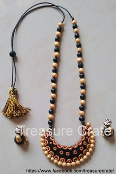 Cresent shaped terracotta necklace set in black and gold with matching medium sized jumka Thread Jewellery, Jewellery Making, Gold Jewellery, Jewelery, Funky Jewelry, Leather Jewelry, Jewelry Sets, Handmade Jewelry, Crystal Earrings