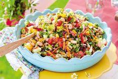 Unser beliebtes Rezept für Gehackter Salat auf mediterrane Art und mehr als 55.000 weitere kostenlose Rezepte auf LECKER.de.