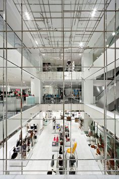 YABU PUSHELBERG, LE PRINTEMPS DEPARTMENT STORE PARIS: oh, to be trapped in this glass house.