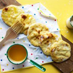 Perunarieskat Snacks, Chicken, Baking, Breads, Recipes, Food, Bread Rolls, Appetizers, Bakken