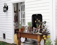 41 Awesome Potting Stations For Every Gardener   Shelterness
